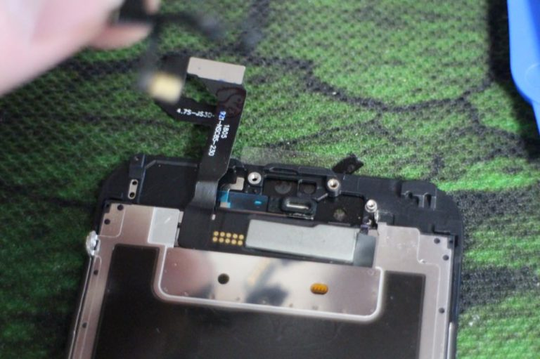 iPhoneの画面割れ修理を自分で行う手順-23