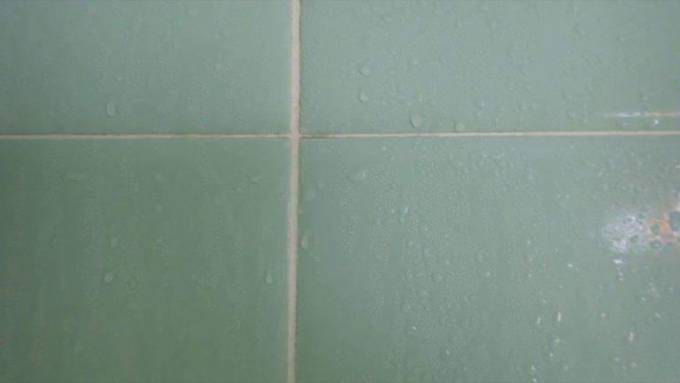風呂掃除_過炭酸ナトリウム_風呂釜-タイルの汚れ1