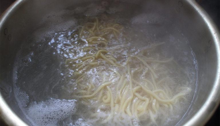 つけ麺_やすべえ_レシピ-麺
