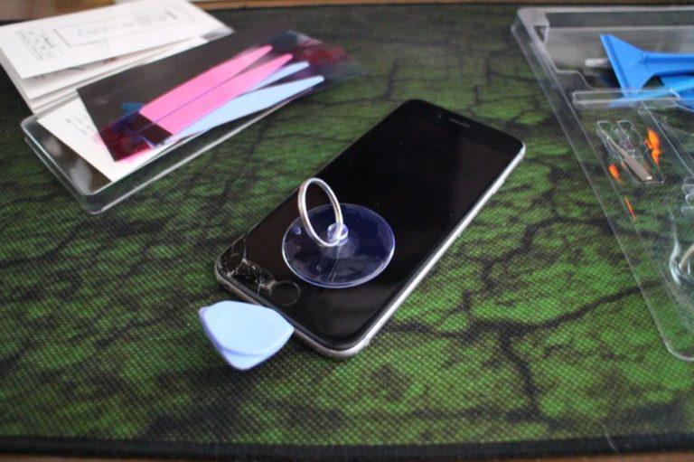 iPhoneの画面割れ修理を自分で行う手順-06