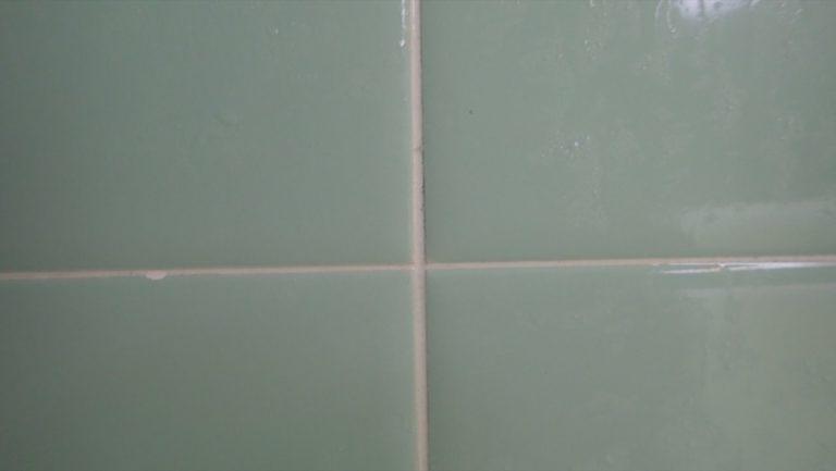 風呂掃除_過炭酸ナトリウム_風呂釜-タイルの汚れ2